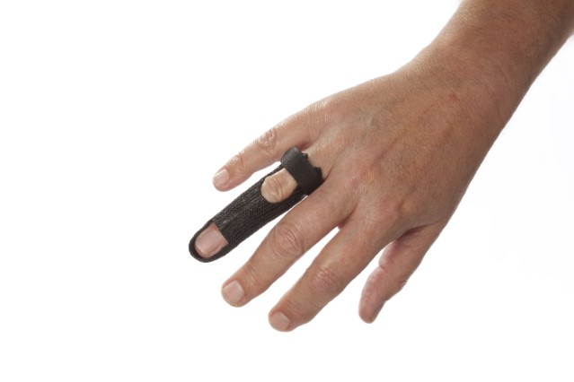 Full finger immobilization orthosis in Orficast Black