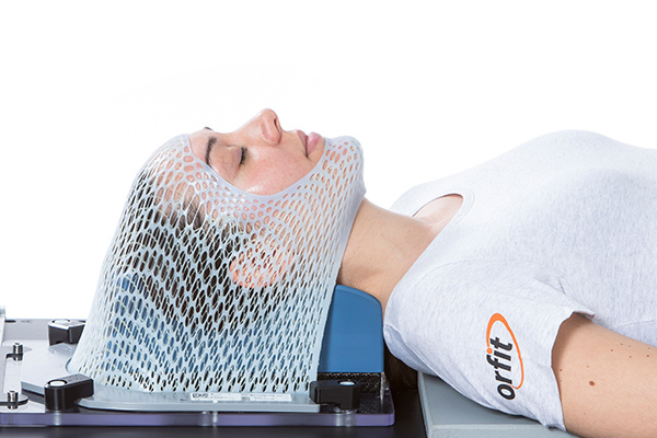 Radiotherapy open face head mask in UON