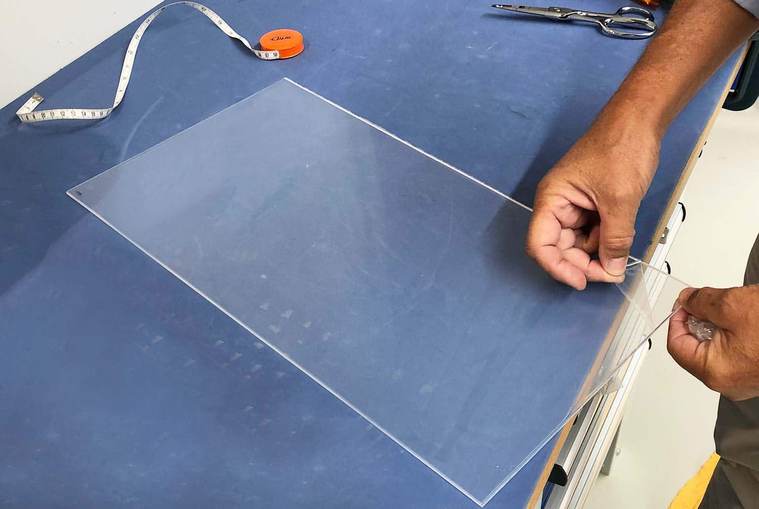 High-temperature thermoplastic sheet